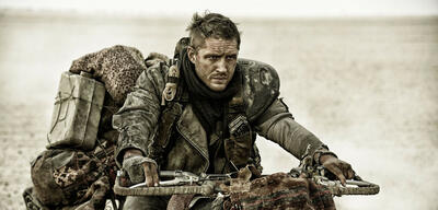 Bald ohne Benzin unterwegs? Tom Hardy in Mad Max: Fury Road
