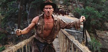 Bild zu:  Harrison Ford als Indiana Jones, in Der Tempel des Todes