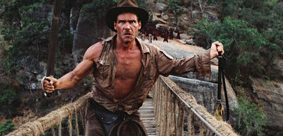 Harrison Ford als Indiana Jones, in Der Tempel des Todes