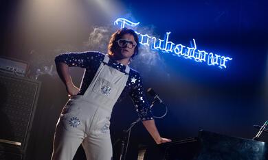 Rocketman mit Taron Egerton - Bild 10