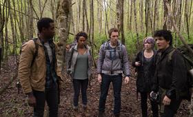 Blair Witch mit James Allen McCune, Valorie Curry, Callie Hernandez, Brandon Scott, Corbin Reid und Wes Robinson - Bild 1