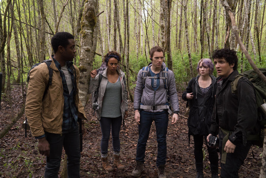 Blair Witch mit James Allen McCune, Valorie Curry, Callie Hernandez, Brandon Scott, Corbin Reid und Wes Robinson