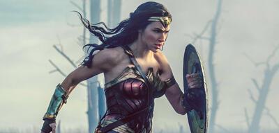 Wonder Woman ist in Aktion zu sehen