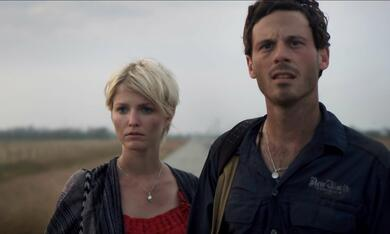 Monsters mit Scoot McNairy und Whitney Able - Bild 10