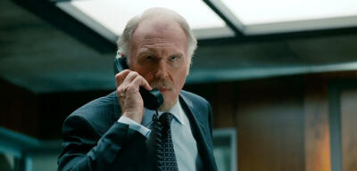 Tim Pigott-Smith in R.E.D. 2