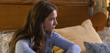 Gideon Adlon als Becca