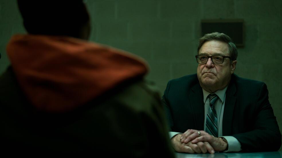 Captive State mit John Goodman