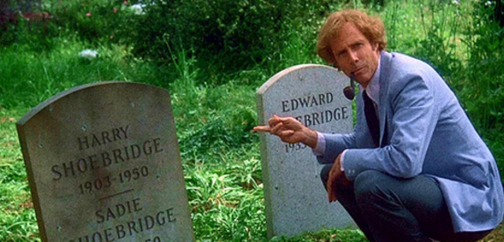 Bruce Dern vor einem Grab in Familiengrab