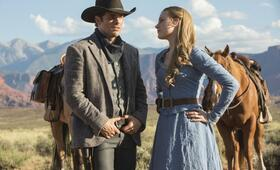 Westworld, Staffel 1 mit Evan Rachel Wood und James Marsden - Bild 44