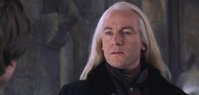 Jason Isaacs als Lucius Malfoy