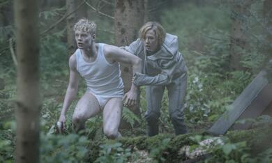 The Rain, The Rain - Staffel 1 mit Alba August und Lucas Lynggaard Tønnesen - Bild 1