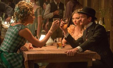 A Million Ways to Die in the West mit Neil Patrick Harris, Charlize Theron und Amanda Seyfried - Bild 3