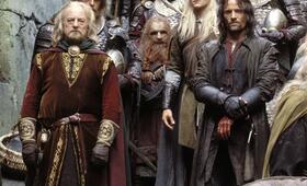 Der Herr der Ringe: Die zwei Türme mit Viggo Mortensen, Orlando Bloom und Bernard Hill - Bild 9