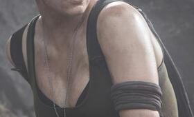 Christina Chong in Halo: Nightfall - Bild 2