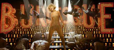 Christina Aguilera rockt das Haus in Burlesque