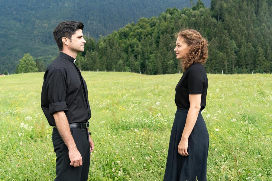 Tonio & Julia: Wenn einer geht mit Maximilian Grill und Oona-Devi Liebich