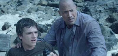 Josh Hutcherson und Dwayne Johnson auf der geheimnisvollen Insel
