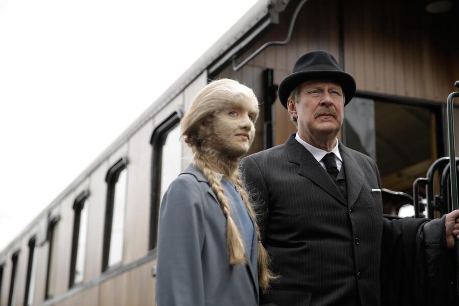 Das Löwenmädchen mit Rolf Lassgård und Ida Ursin-Holm