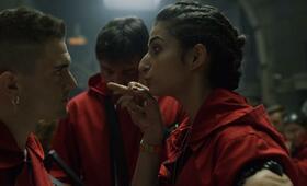 Haus des Geldes - Staffel 3 mit Alba Flores, Ahikar Azcona und Hovik Keuchkerian - Bild 12