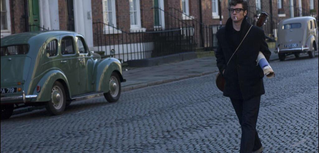 Aaron Johnson als  John Lennon