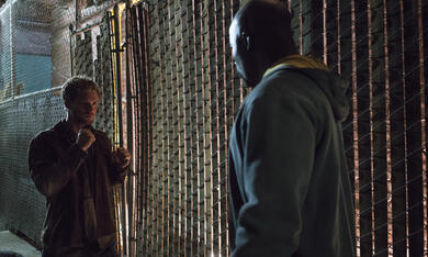 Marvel's The Defenders, Marvel's The Defenders Staffel 1 mit Mike Colter und Finn Jones - Bild 8
