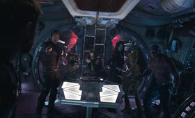 Avengers 3: Infinity War mit Chris Pratt, Zoe Saldana, Dave Bautista und Pom Klementieff - Bild 8