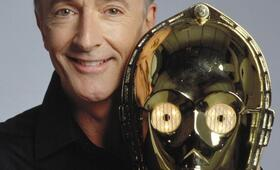 Anthony Daniels in Star Wars III - Die Rache der Sith - Bild 1