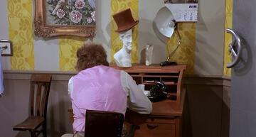 Willy Wonkas Halb-Büro