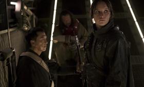 Rogue One: A Star Wars Story mit Felicity Jones und Donnie Yen - Bild 16