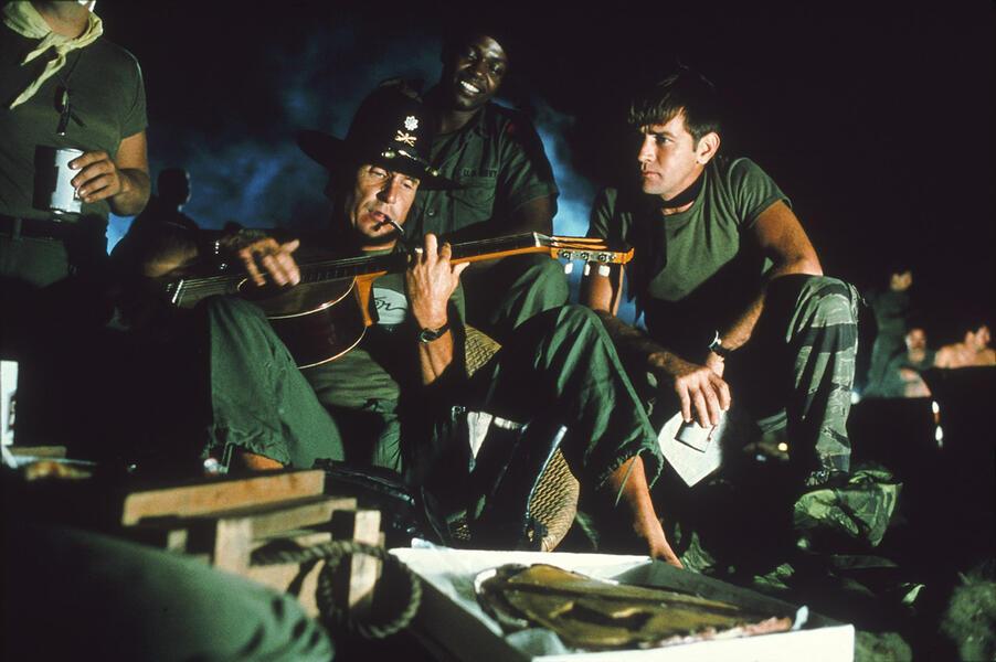 Apocalypse Now mit Robert Duvall und Martin Sheen
