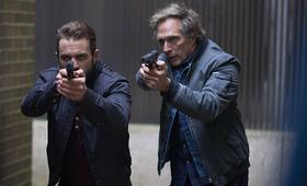 All the Devil's Men mit William Fichtner und Milo Gibson - Bild 1
