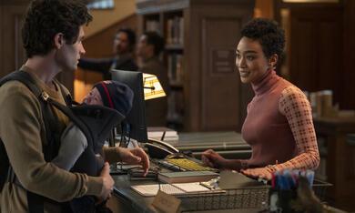 You - Du wirst mich lieben, You - Du wirst mich lieben - Staffel 3 mit Penn Badgley und Tati Gabrielle - Bild 3