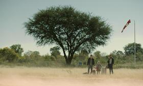 Fluss des Lebens - Okavango mit Christina Hecke, Matilda Jork und Tom Gronau - Bild 7