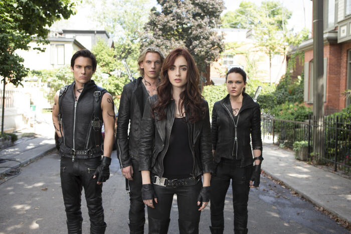 Chroniken der Unterwelt - City of Bones mit Lily Collins, Jamie Campbell Bower, Kevin Zegers und Jemima West