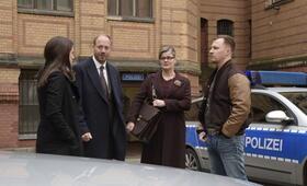 Herr und Frau Bulle - Tod im Kiez mit Alice Dwyer, Johann von Bülow und Tim Kalkhof - Bild 16