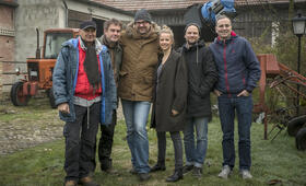 Wenn schon falsch dann richtig mit Sebastian Bezzel, Susanne Bormann, Holger Haase, Uwe Kolbe und Uwe Schäfer - Bild 70