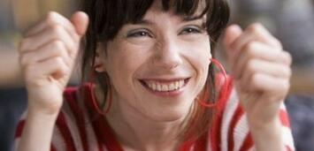 Bild zu:  Sally Hawkins als Poppy in Happy-Go-Lucky