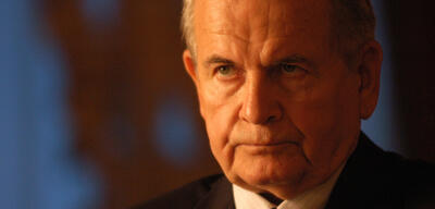 Ian Holm in Lord of War