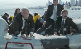 Sully mit Tom Hanks und Aaron Eckhart - Bild 64
