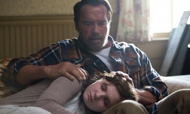 Maggie mit Arnold Schwarzenegger und Abigail Breslin - Bild 6