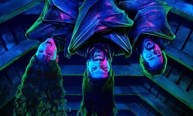 What We Do in the Shadows, What We Do in the Shadows - Staffel 1 - Bild 5