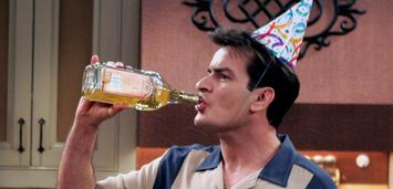 Bild zu:  Zu viel Party: Charlie Sheen in Two and a Half Men