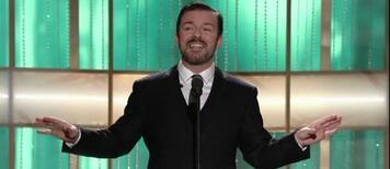 Ricky Gervais begrüßt die Gäste bei den Golden Globes 2011