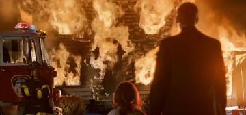 Traumsequenzen geben Einblick in die Psyche von Pfarrer Matt (Christopher Eccleston).