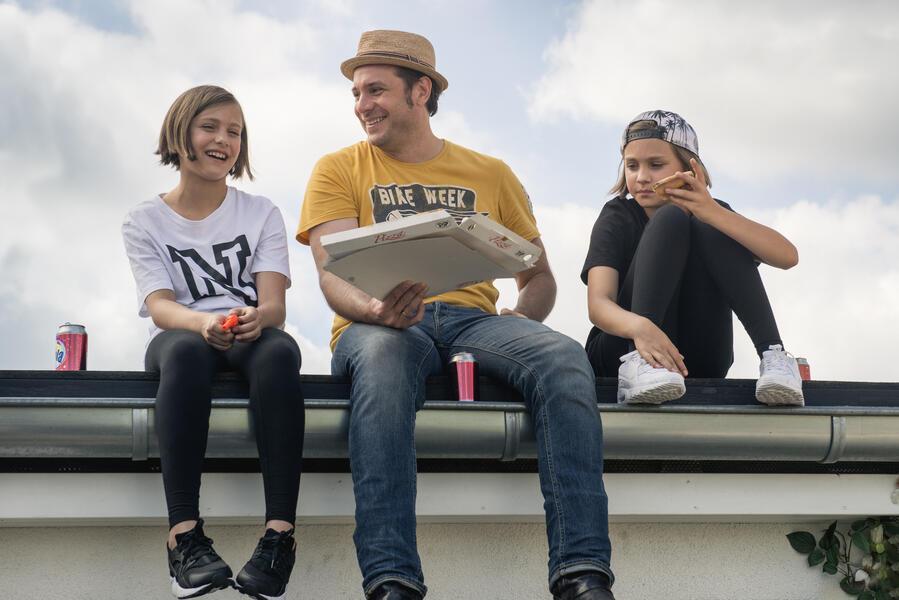 Hanni & Nanni - Mehr als beste Freunde mit Laila Meinecke, Sascha Vollmer und Rosa Meinecke