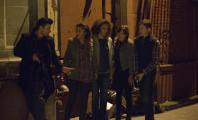 The Purge 2 - Anarchy mit Frank Grillo, Kiele Sanchez, Zach Gilford, Carmen Ejogo und Zoë Soul - Bild 1