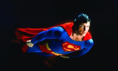Superman II - Allein gegen alle mit Christopher Reeve - Bild 1