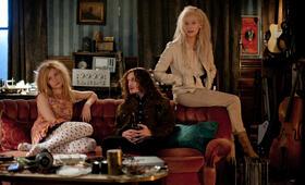 Only Lovers Left Alive mit Tilda Swinton, Mia Wasikowska und Anton Yelchin - Bild 2