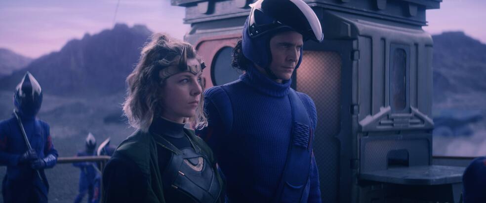 Loki, Loki - Staffel 1, Loki - Staffel 1 Episode 3 mit Tom Hiddleston und Sophia Di Martino