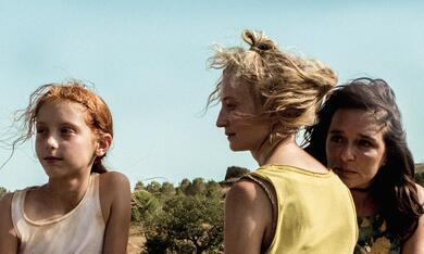Daughter of Mine mit Valeria Golino, Alba Rohrwacher und Sara Casu - Bild 5